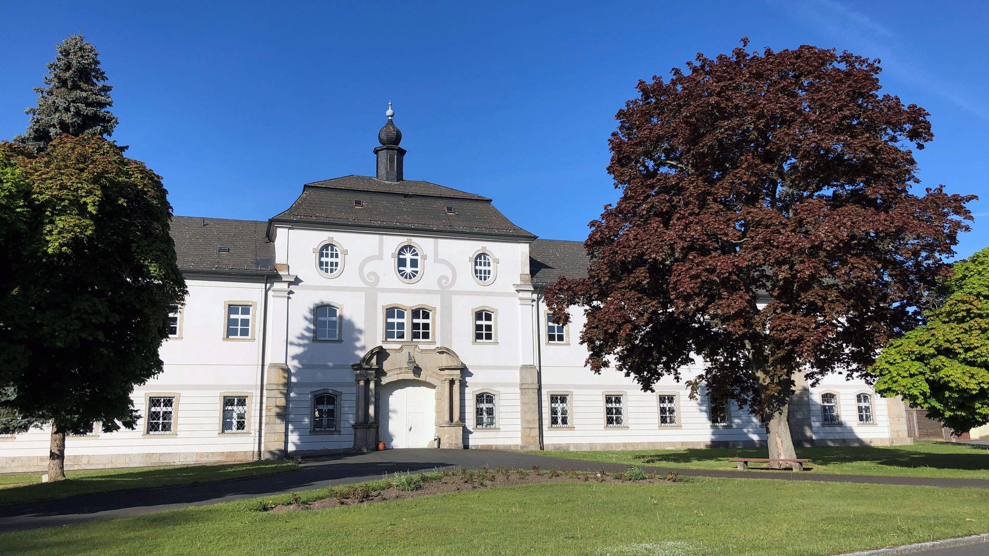 Bayerns kleinstes Gymnasium in Fockenfeld.