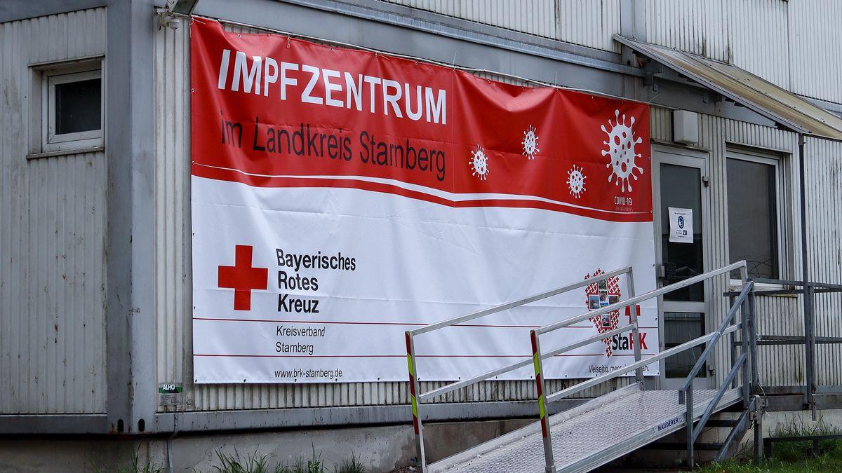 Das BRK-Impfzentrum in Feldafing im Landkreis Starnberg