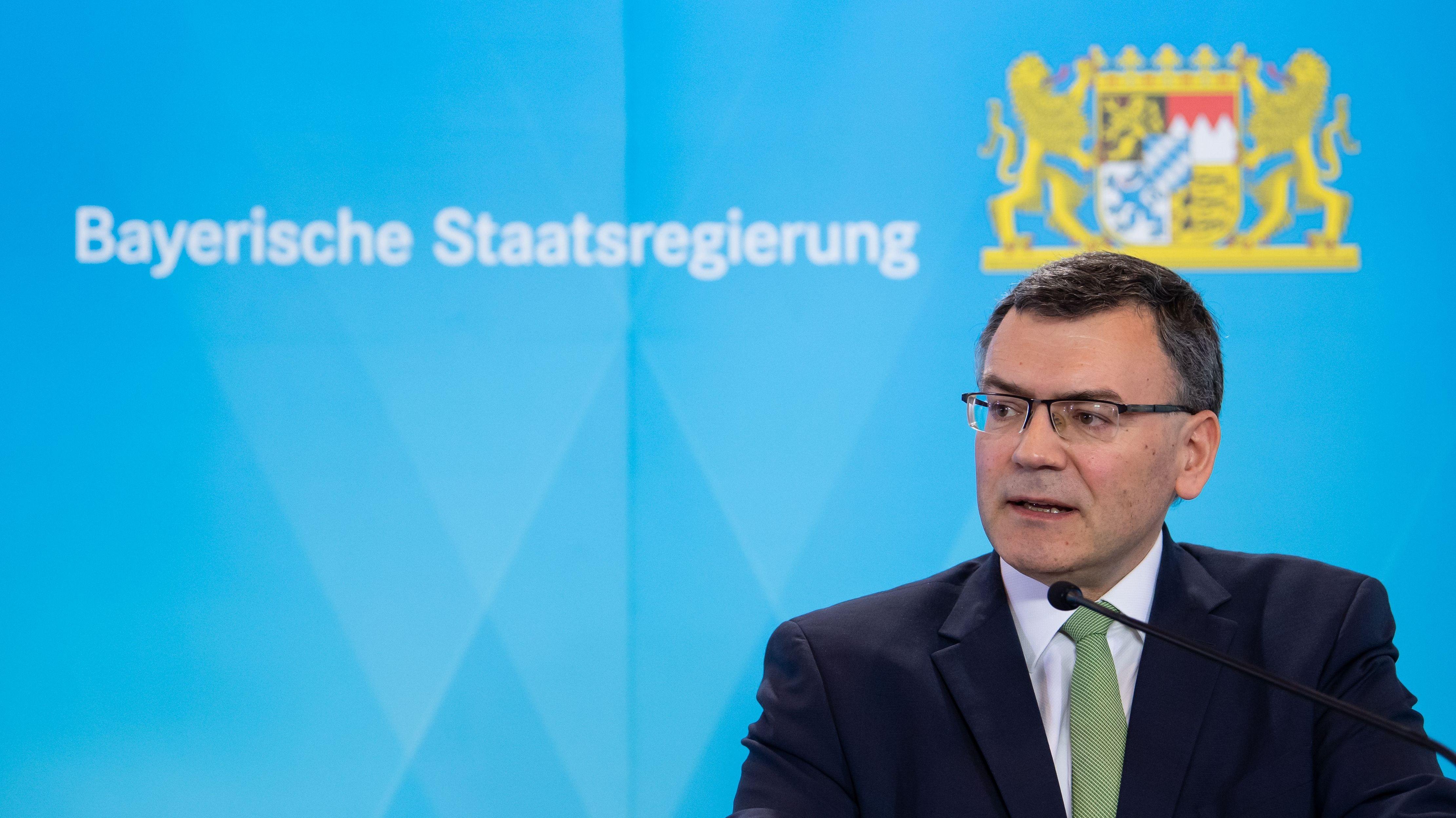 """Staatskanzlei-Chef Florian Herrmann ist """"entsetzt"""" über die Pläne von Bodo Ramelow."""