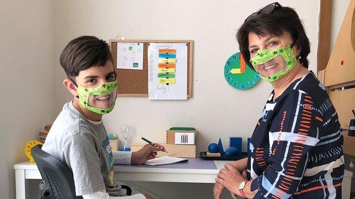 Auch bei Schulbegleitern kommen die Masken zum Einsatz.