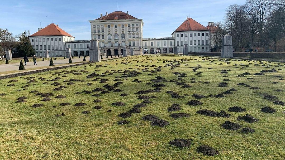 Maulwurfshügel im Nymphenburger Schlosspark