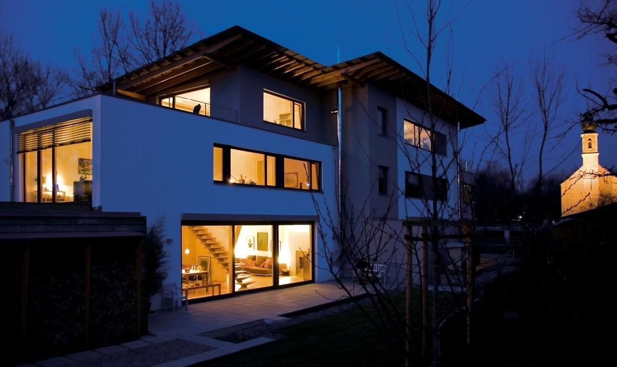 Traumhäuser wiederbesucht : Ein Haus mit acht Bauherren - BR Mediathek