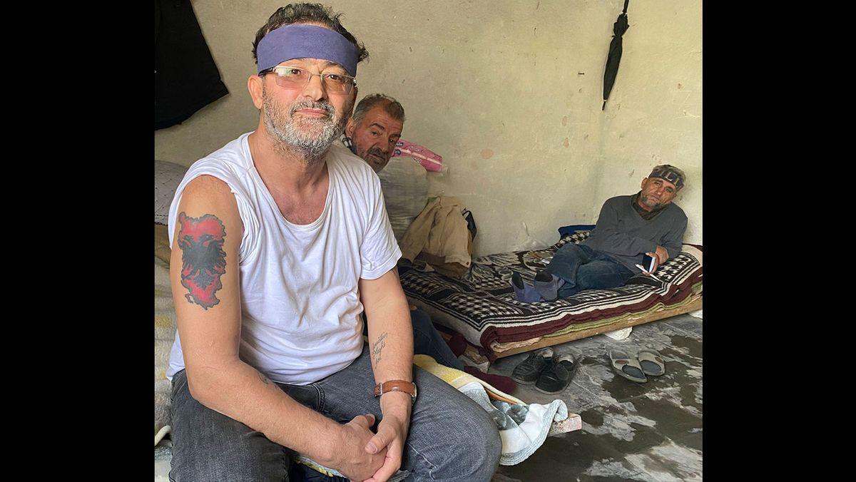 Xhevdet Pashaj, 63, fordert höhere Renten und bessere soziale Unterstützung für ehemals politisch Verfolgte der Hoxha-Diktatur.