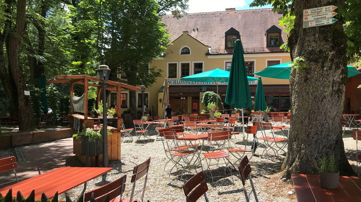Auch in Augsburg kämpft die Gastronomie mit geringen Gästezahlen und zu wenig Personal.