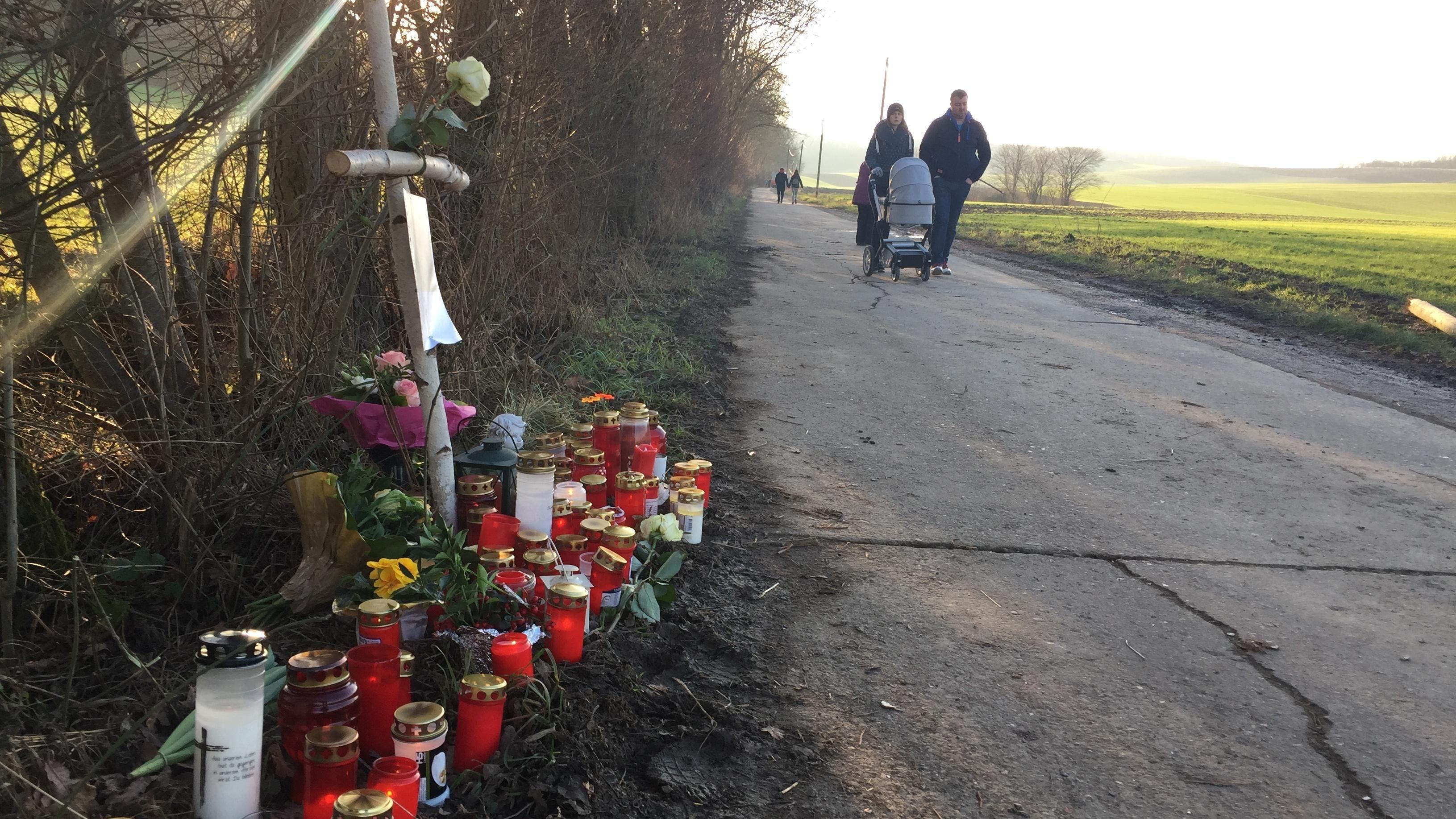 Unfallstelle bei Hettstadt, an der am Dreikönigstag 2018 eine 26-jährige Frau überfahren wurde