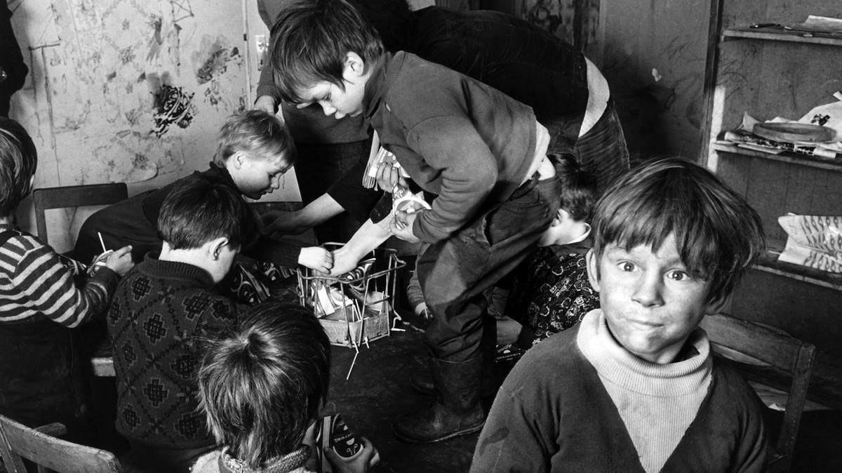 Antiautoritärer Kinderladen von Studenten in einem Bochumer Obdachlosenasyl (1971)