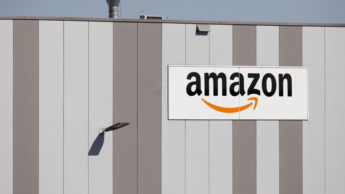 Amazon Gebäude mit Logo