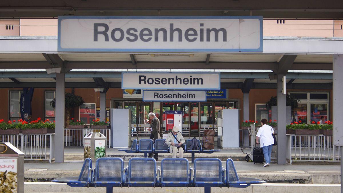 Symbolbild: Bahnhof Rosenheim