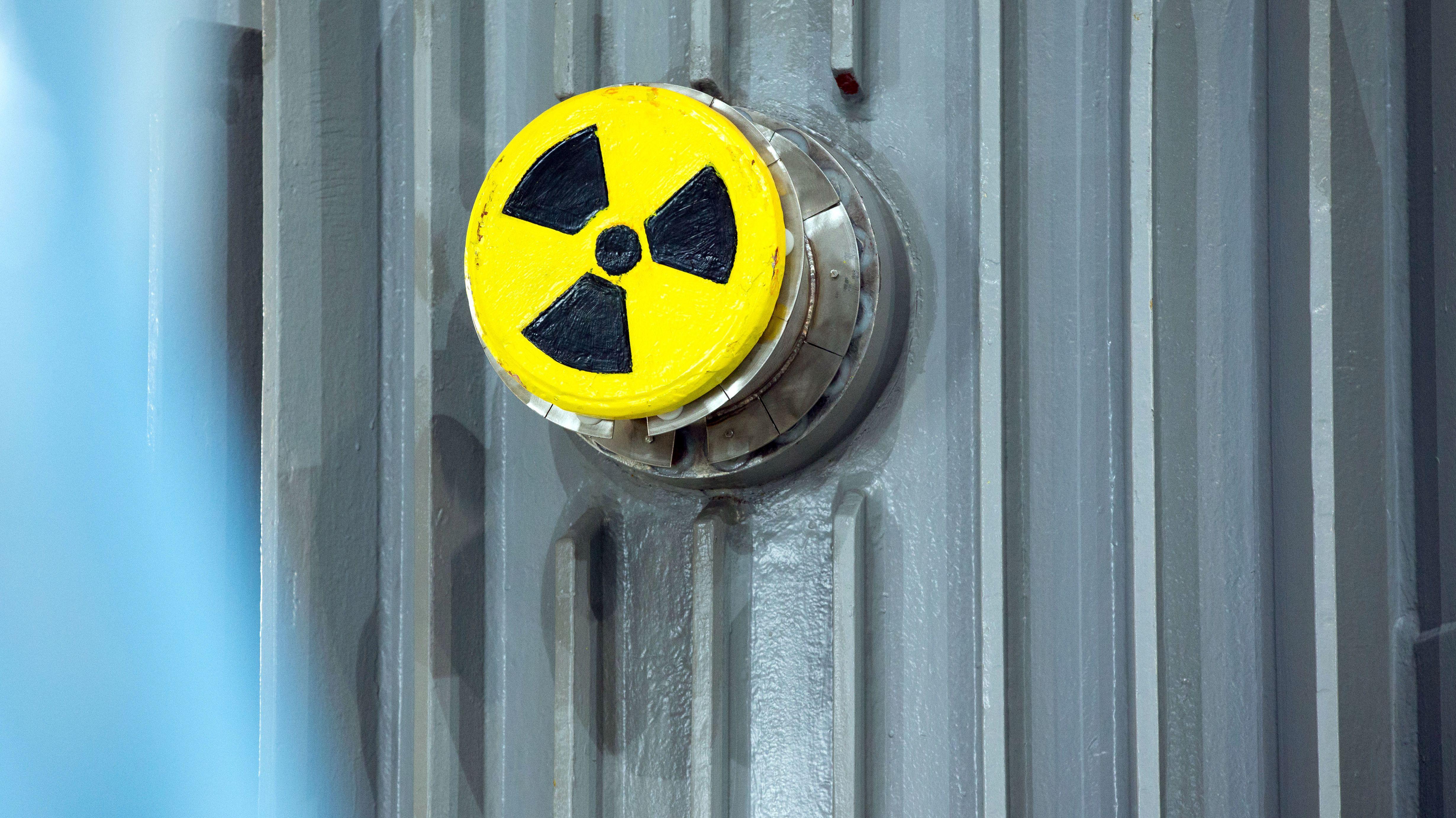 Ein Transportbehälter für radioaktives Material.