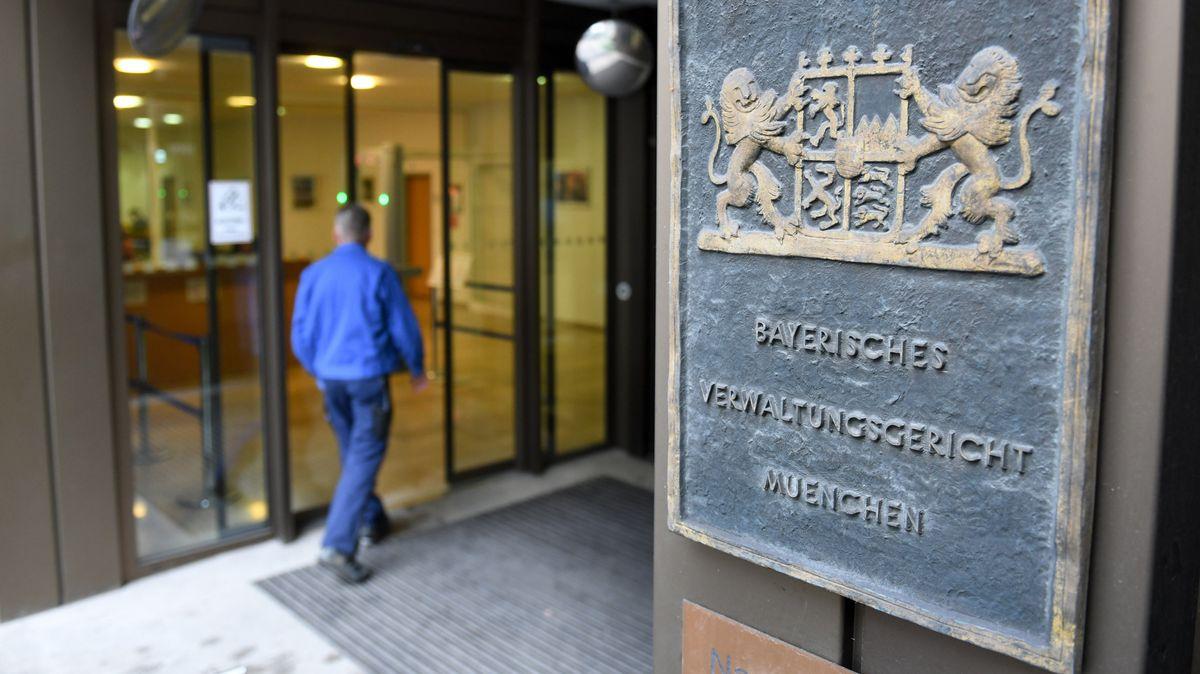 Eingang zum Verwaltungsgericht München