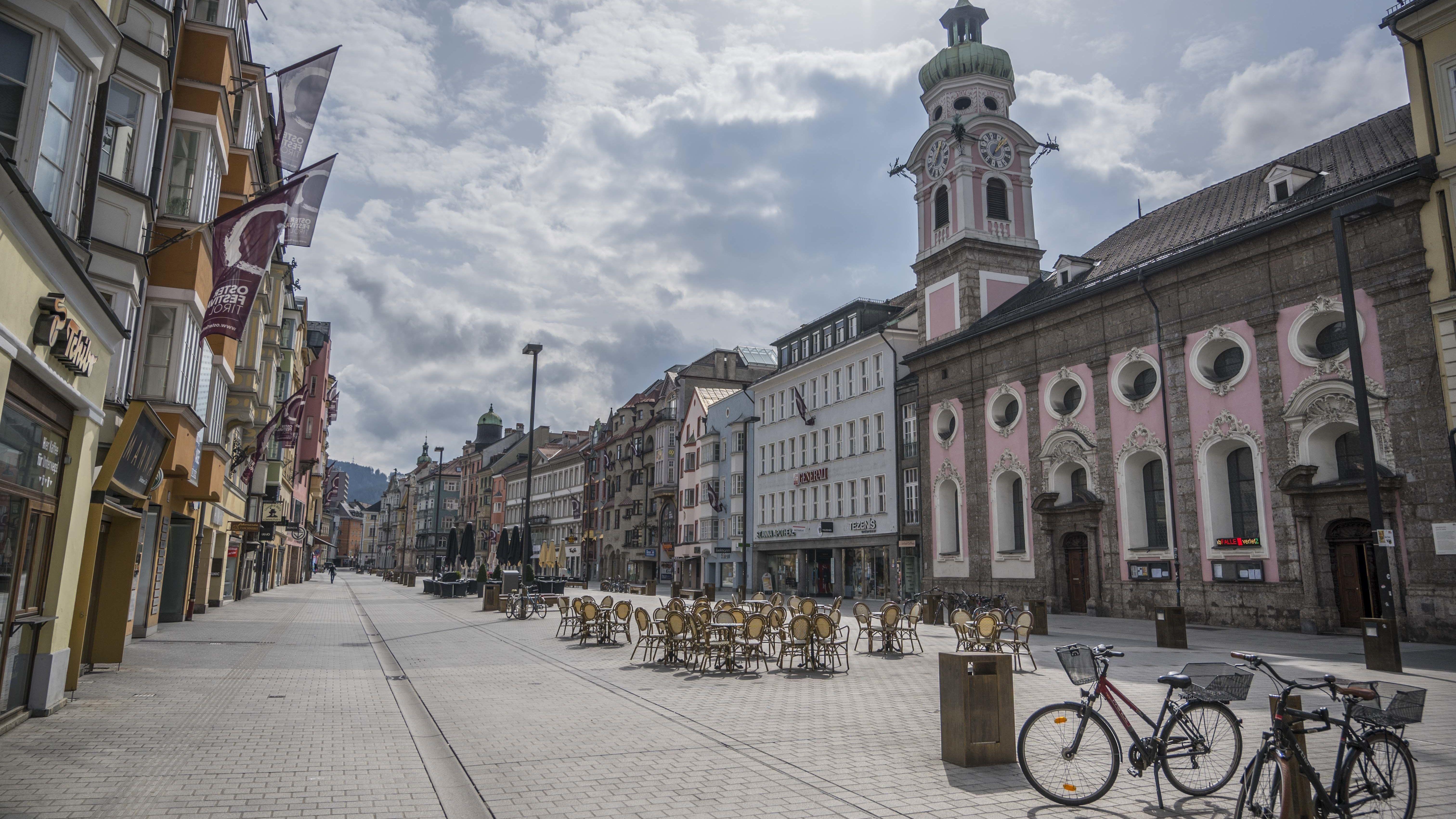 Die menschenleere Innenstadt von Innsbruck
