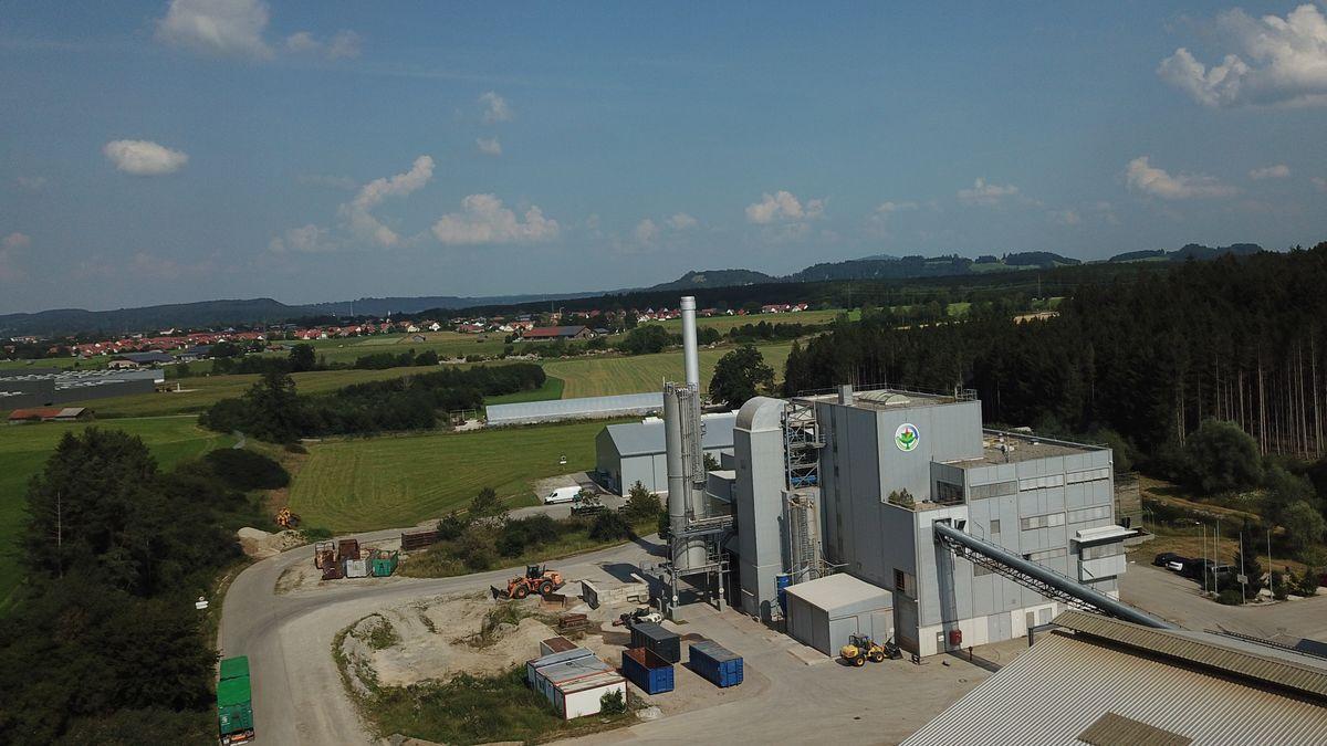 Das Bioheizkraftwerk in Altenstadt.