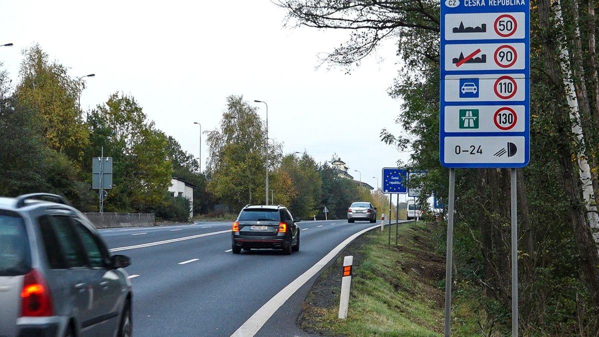 Der deutsch-tschechische Grenzübergang in Schirnding