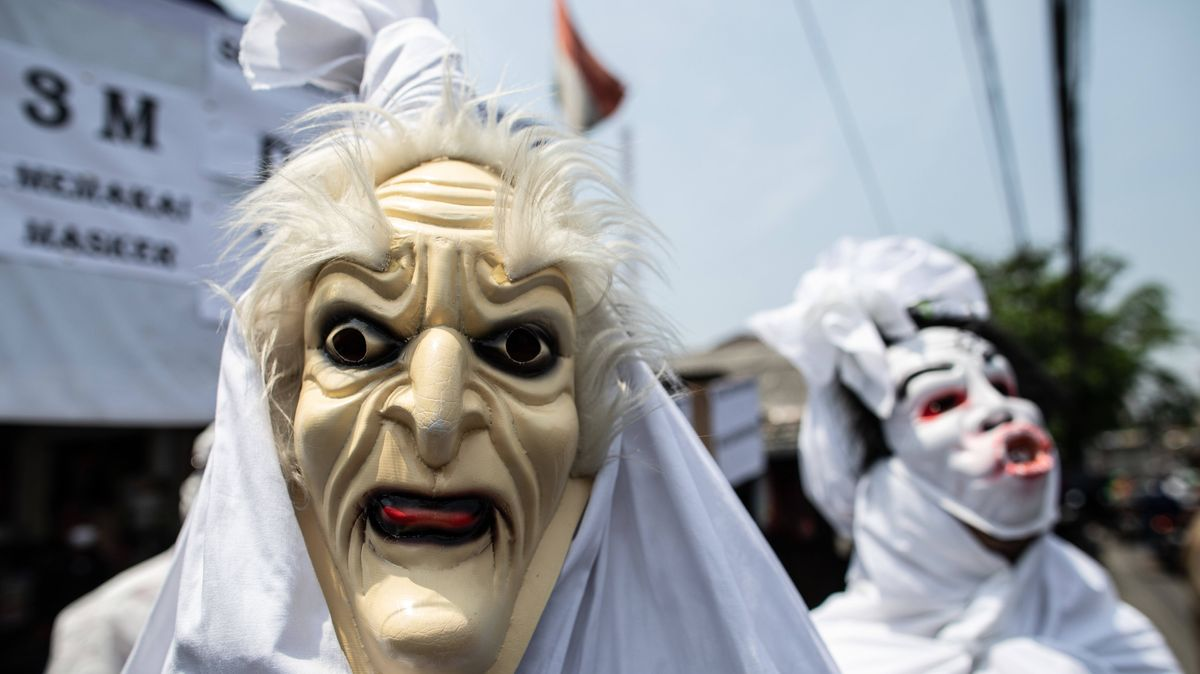 Pocong-Maske in Indonesien