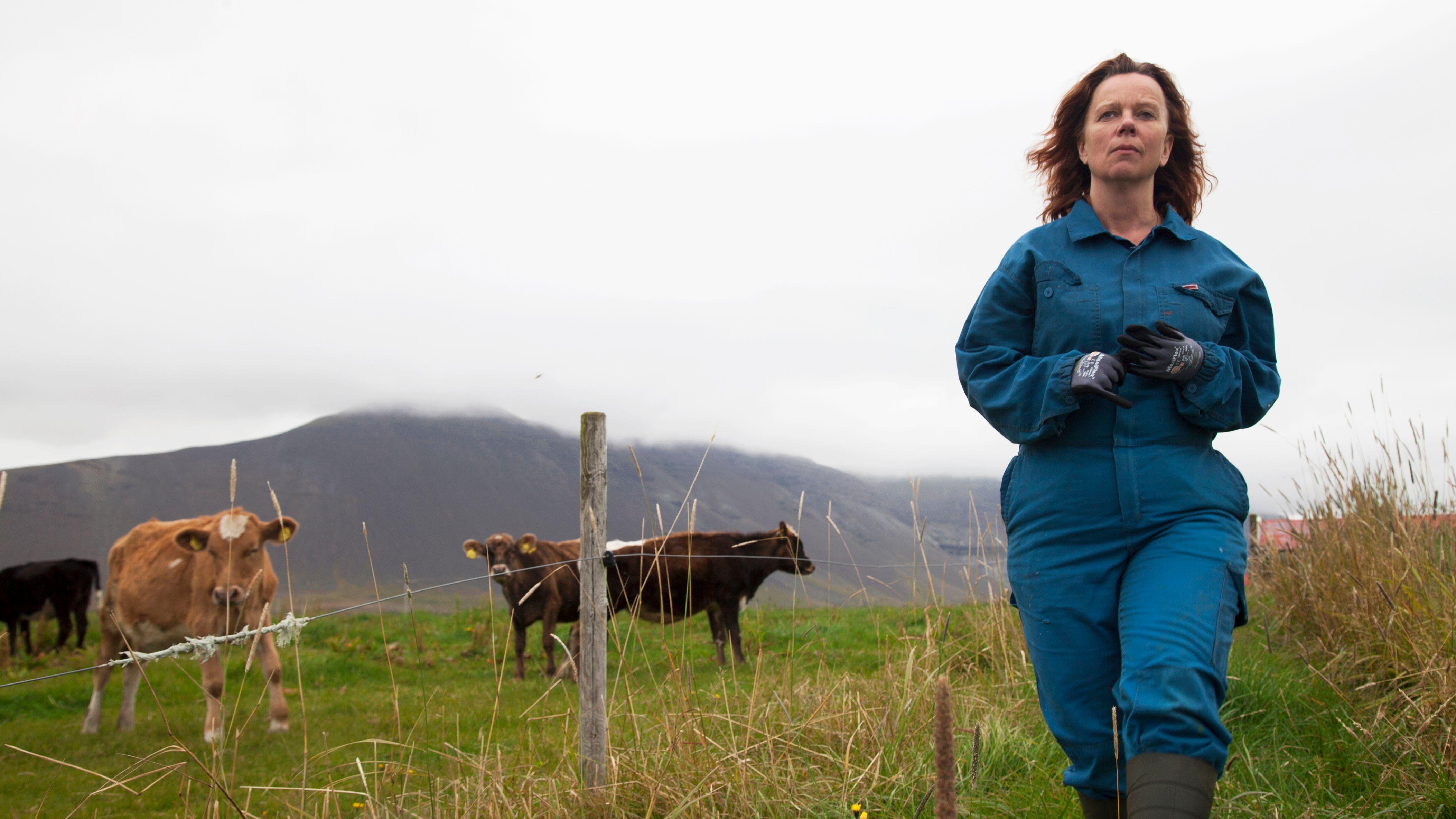 Große Schauspielleistung: Arndís Hrönn Egilsdóttir als Milchbauerin Inga (Filmstill)
