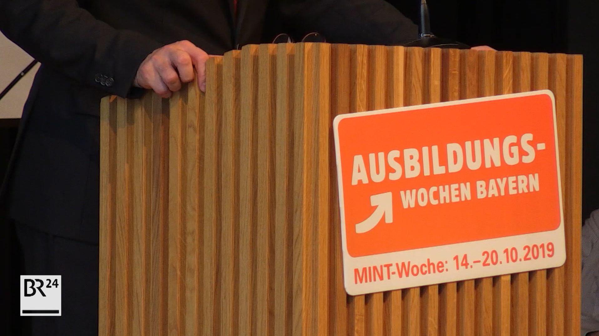 Aiwanger eröffnet Ausbildungswoche in Landshut