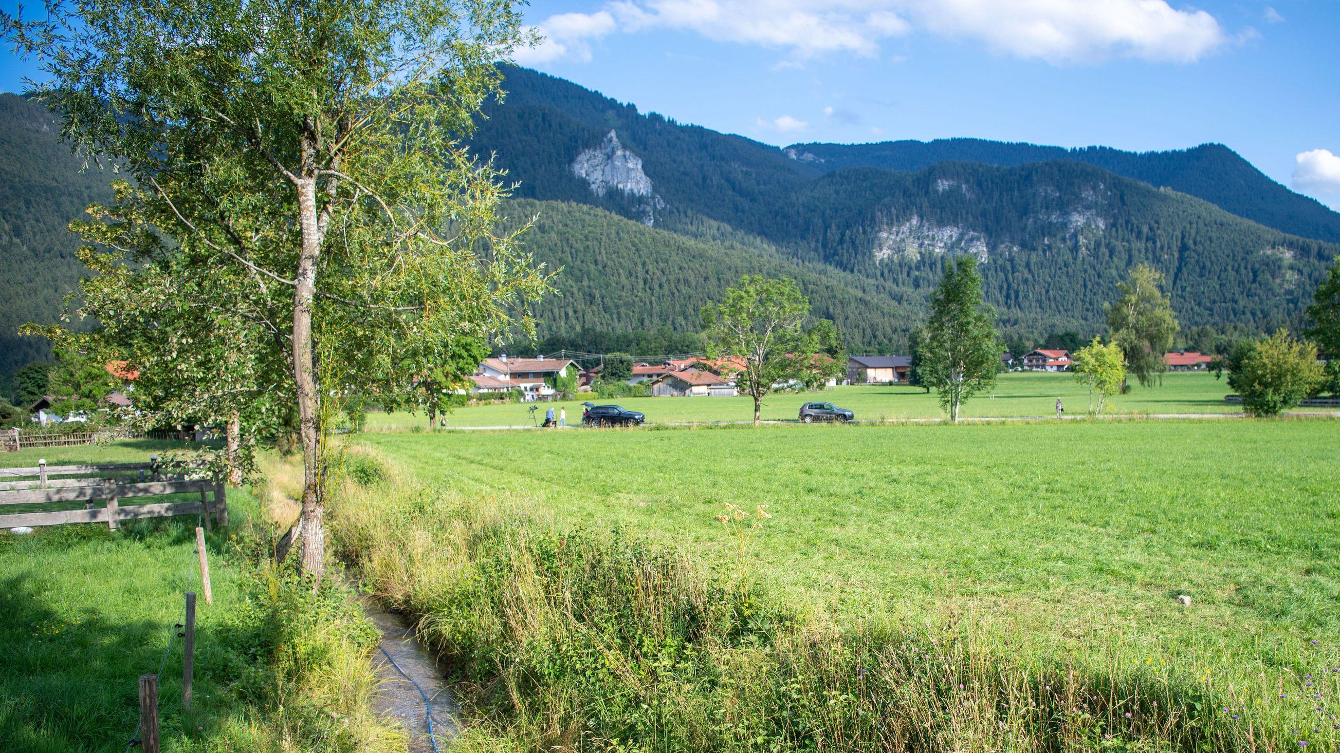 Kreuth: Ein Bachlauf im Ortsteil Scharling