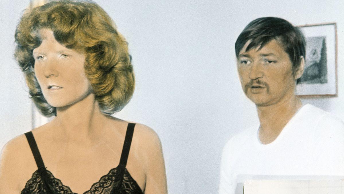 """Irm Herrmann in Rainer Werner Fassbinders """"Angst Essen Seele auf"""" von 1974"""