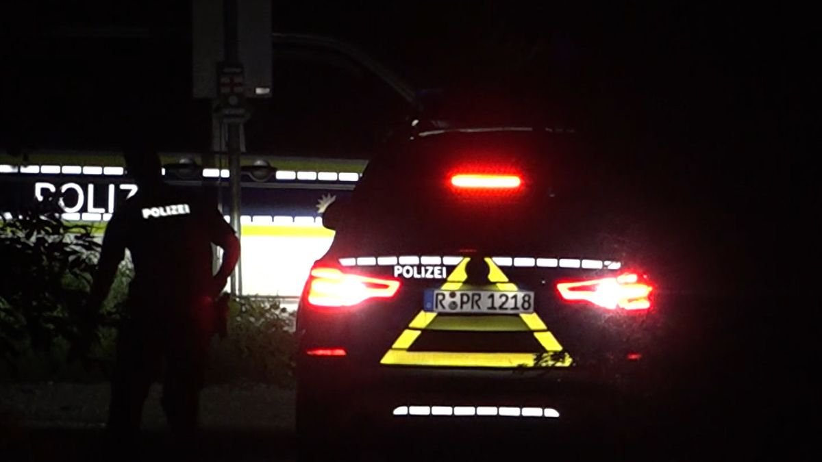 Die Polizei am Tatort in Neumarkt in der Oberpfalz.