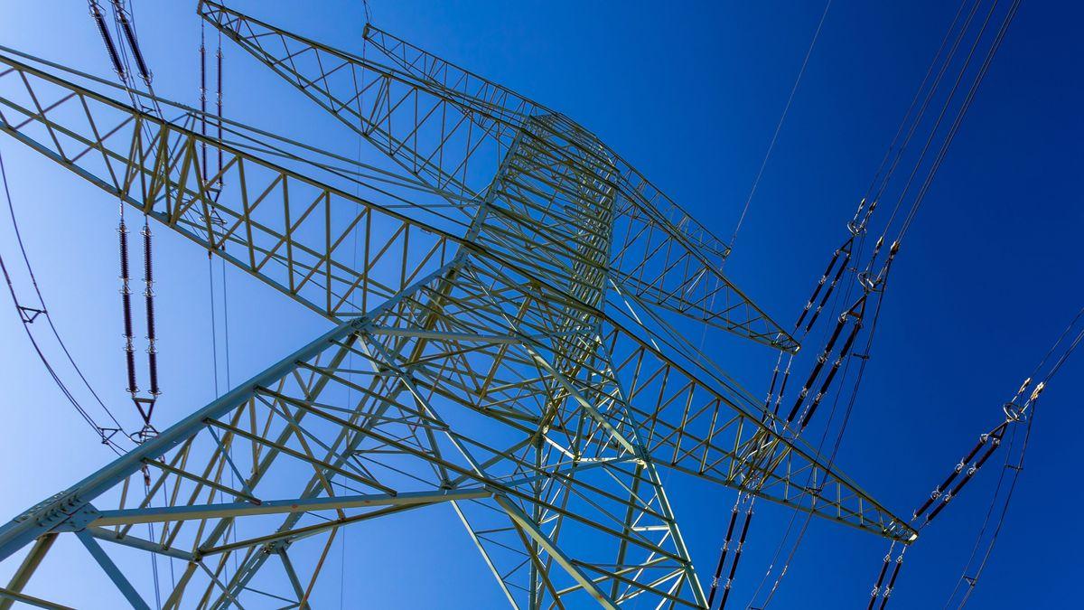 Hochspannungsmast (Symbolbild Stromausfall)