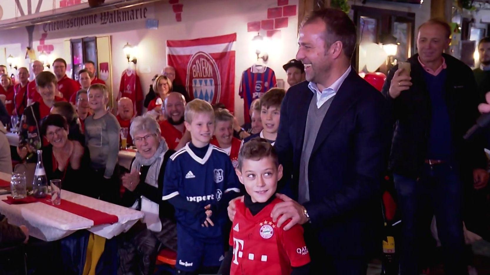 Hansi Flick bei einem Bayern-Fanklub