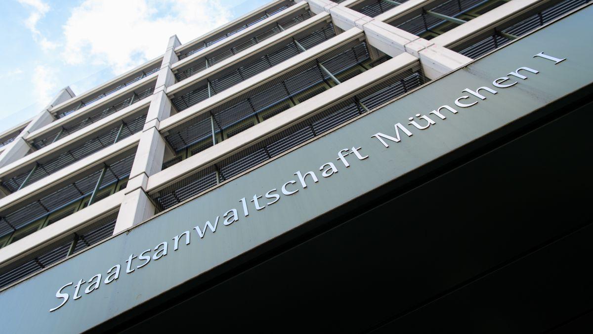 "Schriftzug ""Staatsanwaltschaft München I"""