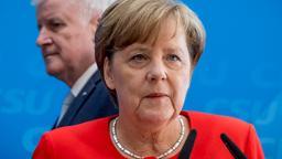 Angela Merkel und Horst Seehofer (Archivbild vom 3.7.2017) | Bild:dpa