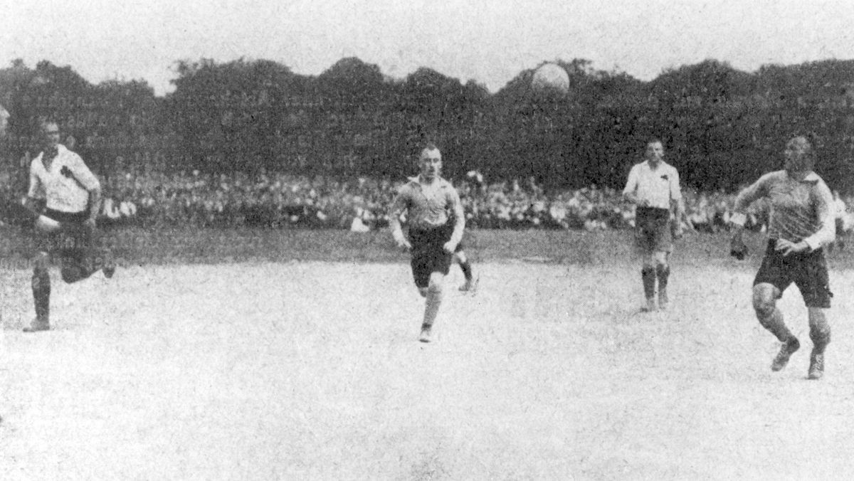 Endspiel um die deutsche Fußball-Meisterschaft 1920 zwischen Nürnberg und Fürth