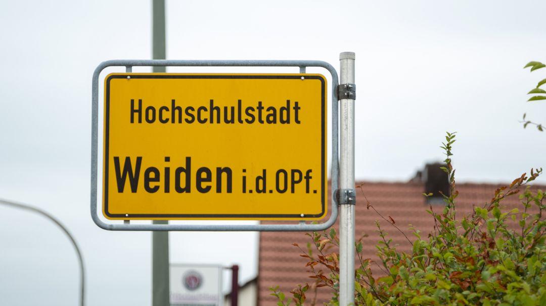 Ortsschild der Stadt Weiden