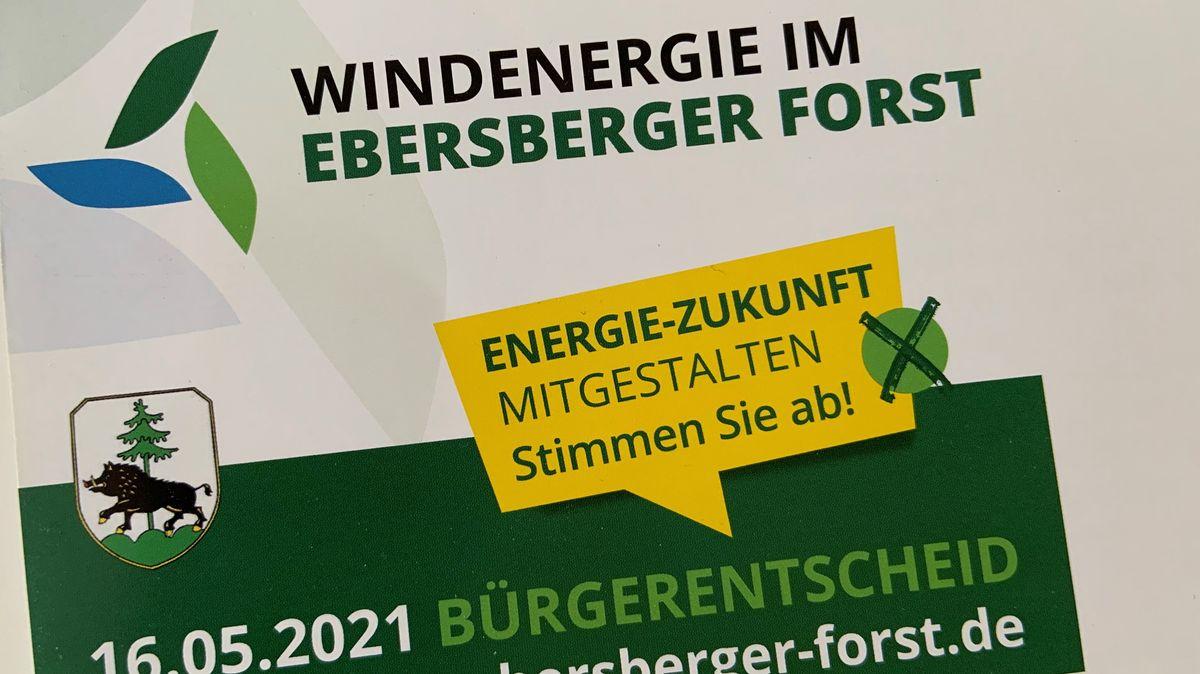 Vorderseite der Infobroschüre zum Bürgerentscheid Windenergie im Ebersberger Forst