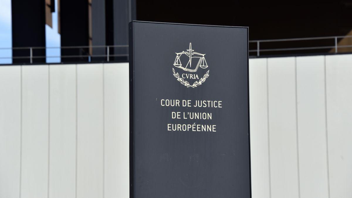 Stele vor dem Europäischen Gerichtshof (EuGH)