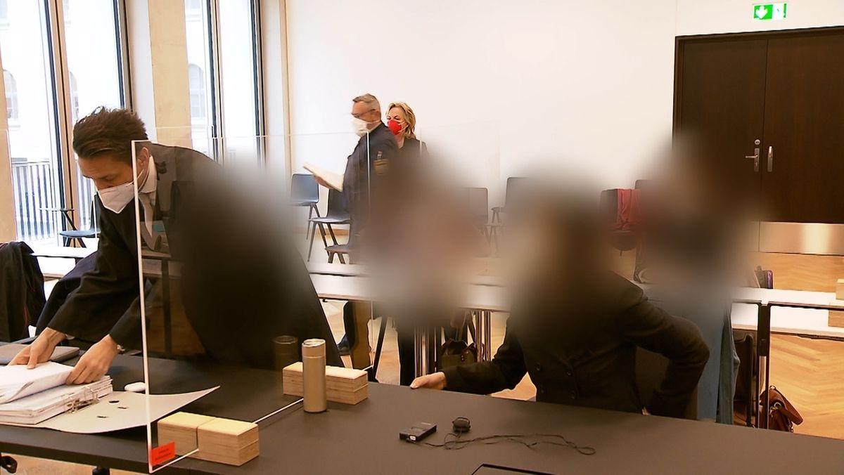 Weil sie beim Import von Solarmodulen Einfuhrzölle umgangen haben sollen, standen sechs Angeklagte vor dem Landgericht Nürnberg-Fürth