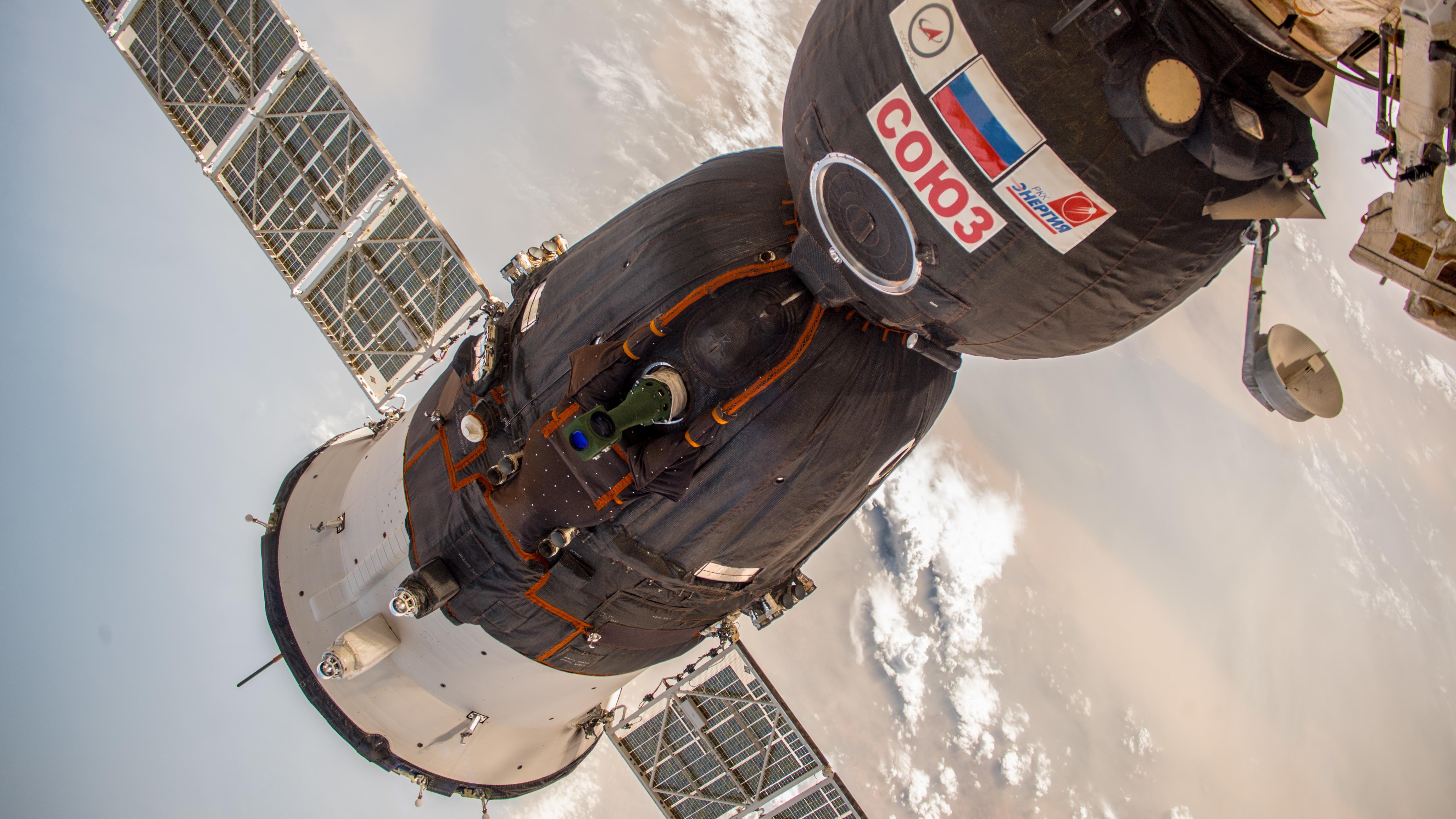 Sojus-Raumkapsel, angedockt an der ISS (aufgenommen im Juni 2018)