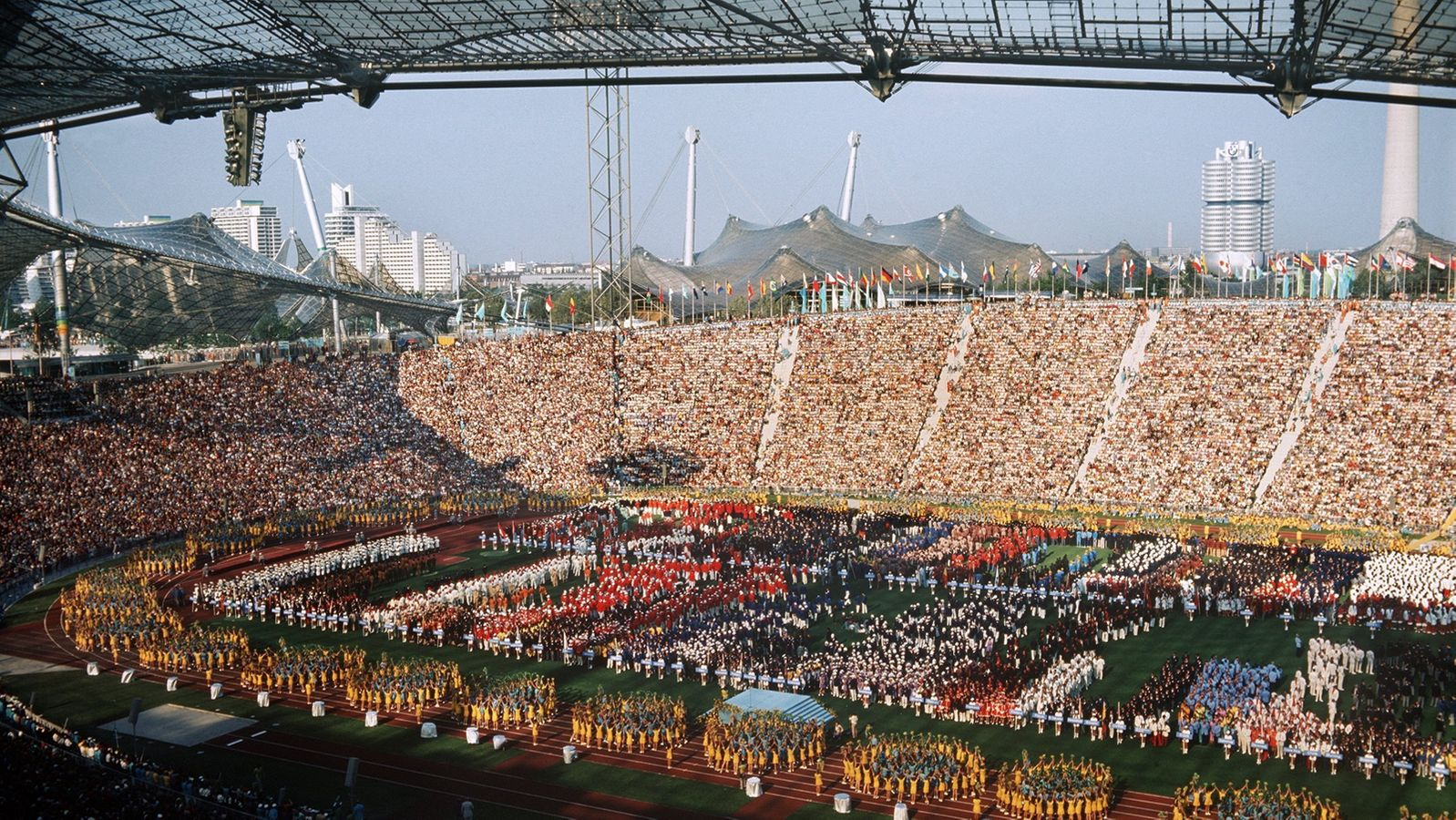 Die Eröffnungsfeier im Olympiastadion. Joachim