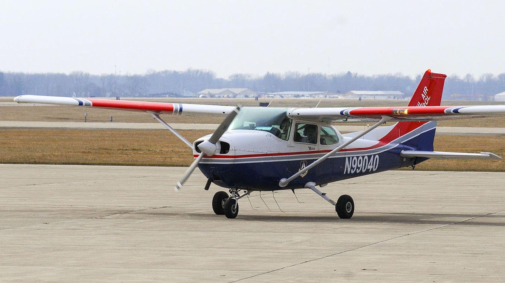 Cessna 172 auf einem US-Flugplatz