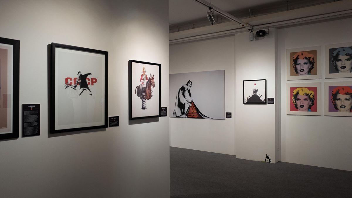 Die Ausstellung zeigt über 100 Kunstwerke von Banksy.