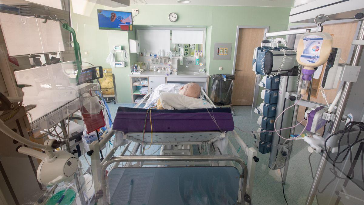 Ein isoliertes Intensivbett-Zimmer (Symbolbild)