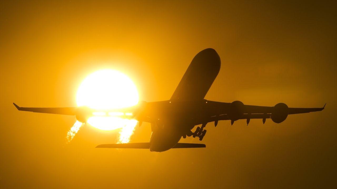Flugzeug (Symbolbild).