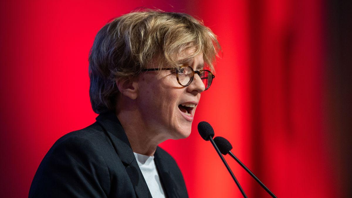 Die Vorsitzende der Bayern-SPD, Natascha Kohnen, auf dem kleinen Parteitag 2019. Dieses Mal wird der Parteitag digital sein.