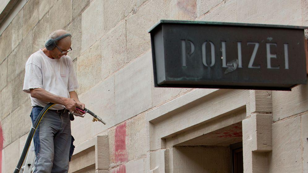 Die bayerische Polizeigebäude haben einen Sanierungsbedarf in dreistelliger Millionenhöhe. | Bild:Picture Alliance/dpa/Daniel Karmann