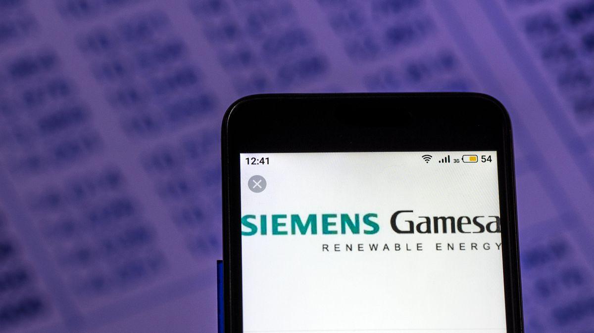 Handy mit SiemensGamesa Logo