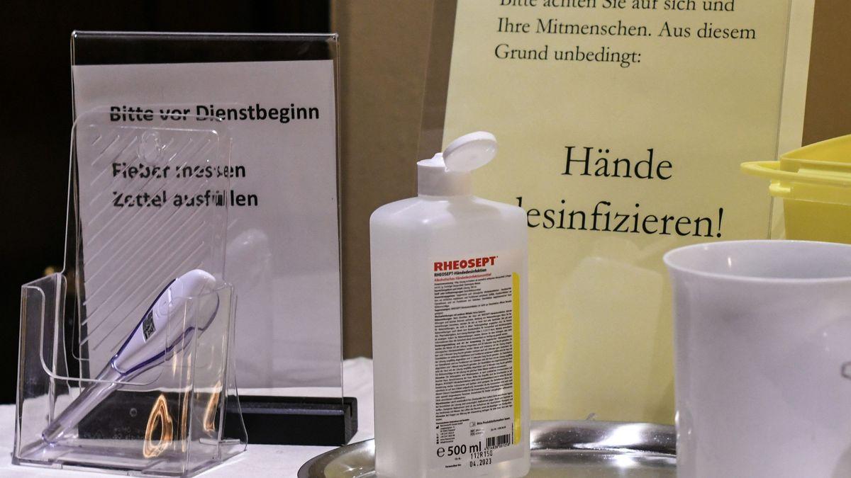 Gerade in Seniorenheimen muss in Zeiten von Corona sehr auf Hygieneregeln geachtet werden.