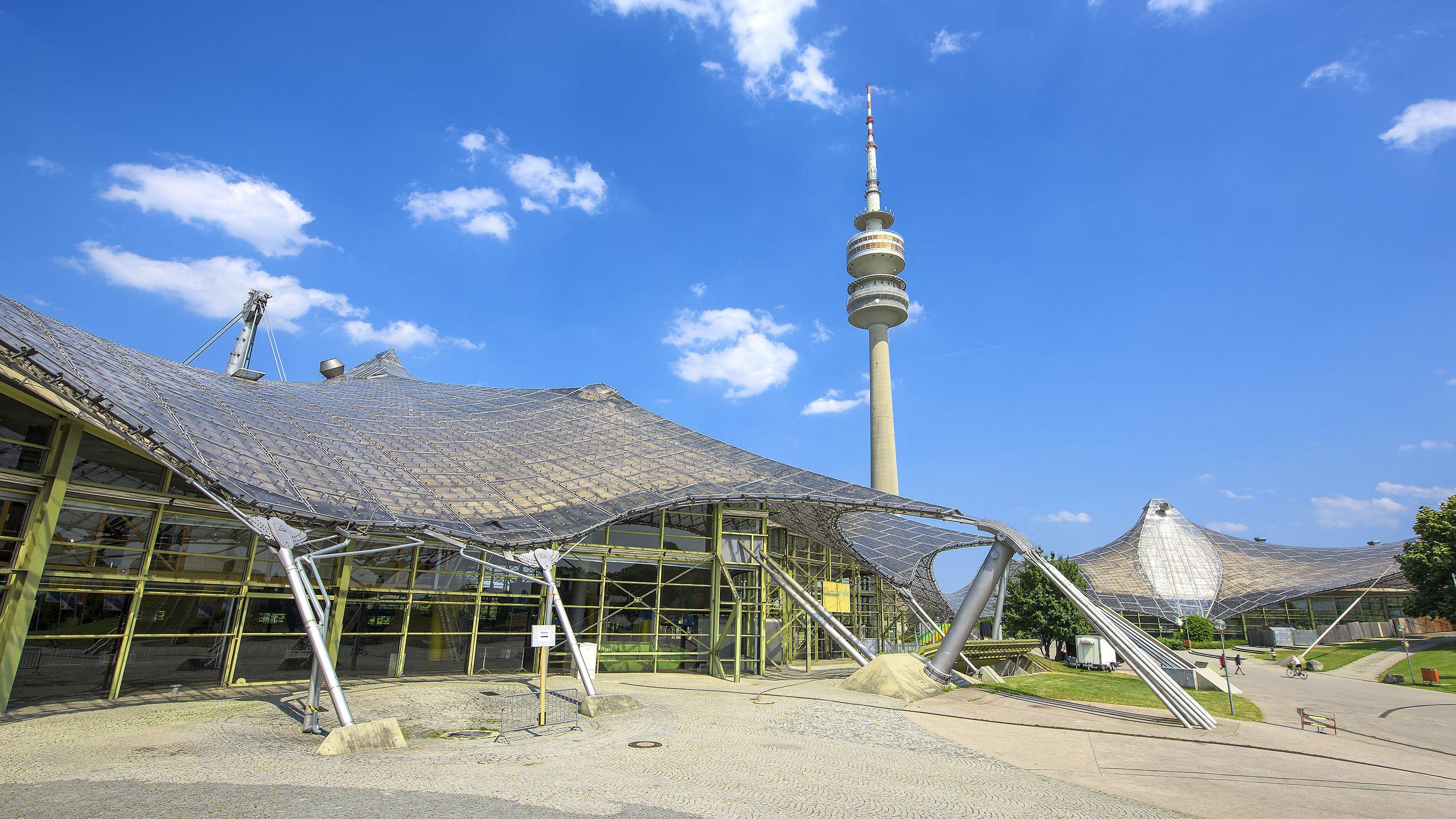 Olympiahalle und Olympiaturm