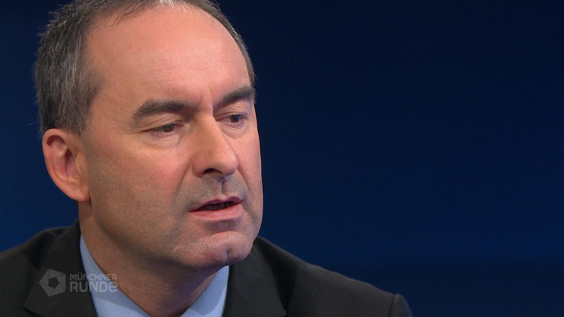 """Bayerns Wirtschaftsminister Hubert Aiwanger in der """"Münchner Runde"""" im BR Fernsehen"""