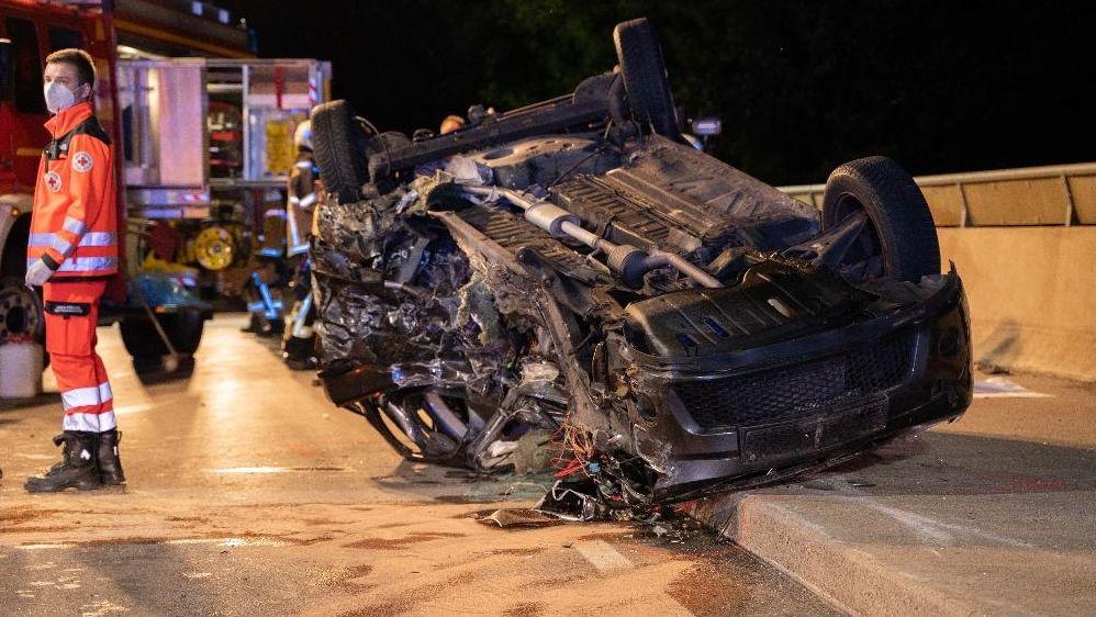 Autowrack des 34-Jährigen, der bei einem Unfall bei Passau getötet wurde.