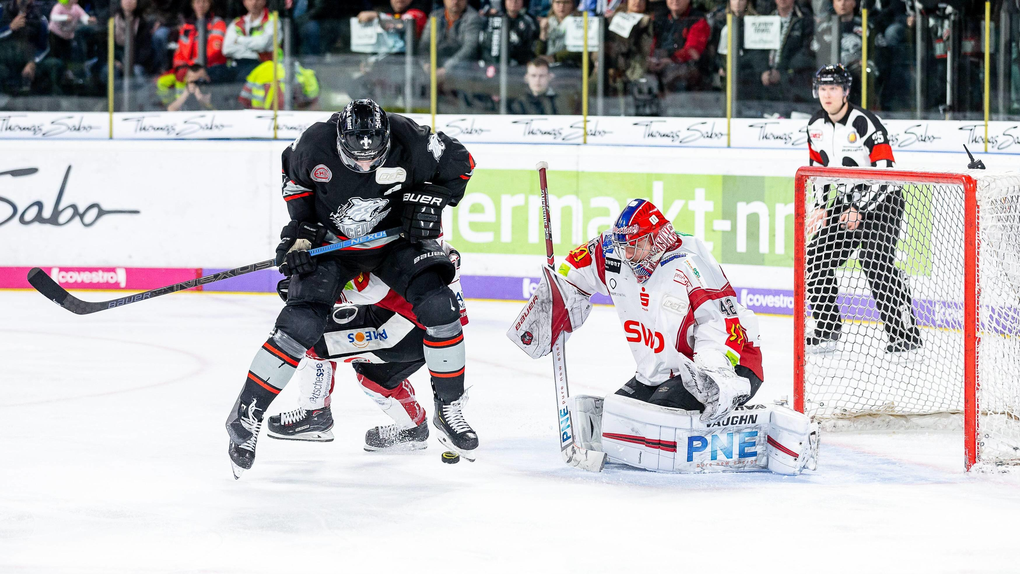 Eishockey Nürnberg Verliert Marathonspiel Straubing Ist Raus Br24