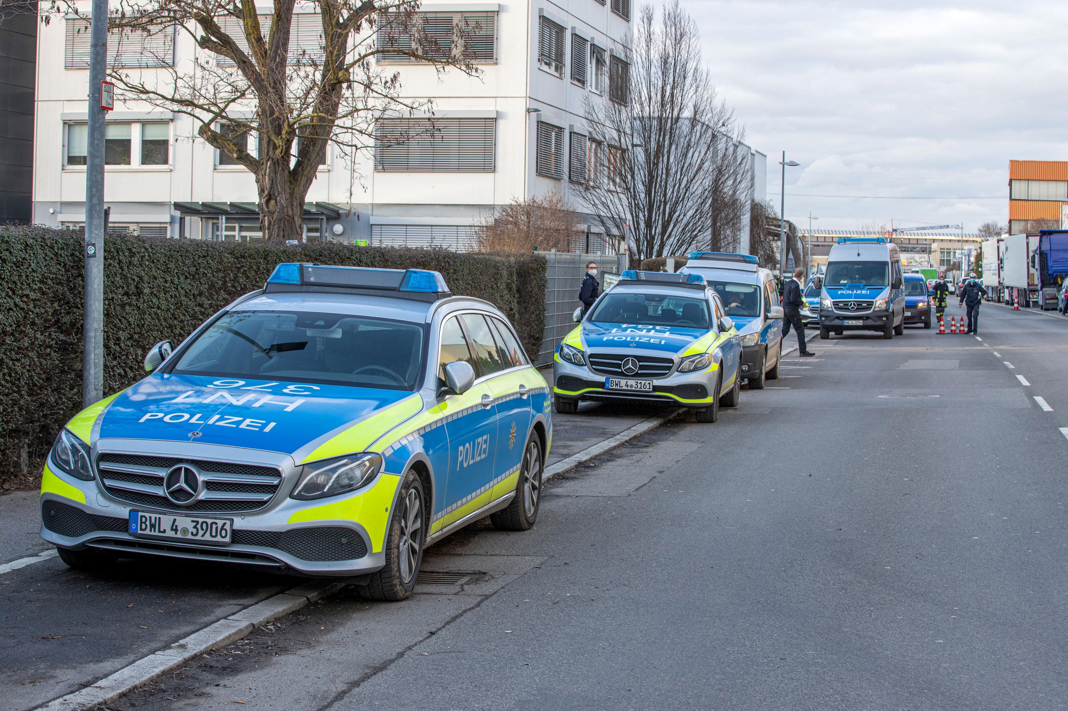 Neckarsulm in Baden-Württemberg: Drei Verletzte bei Explosion in Lidl-Hauptsitz