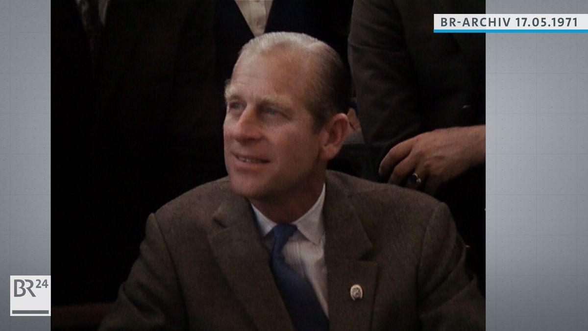 Prinz Philip lächeld