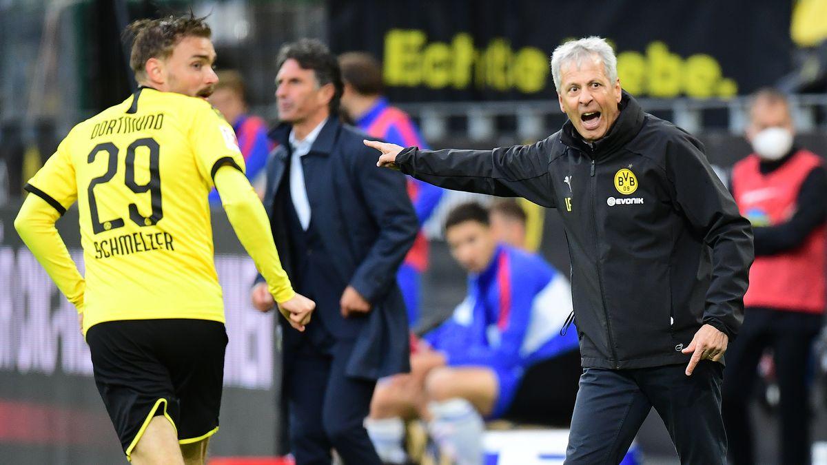 Dortmunds Trainer Lucien Facre gibt Anweisungen
