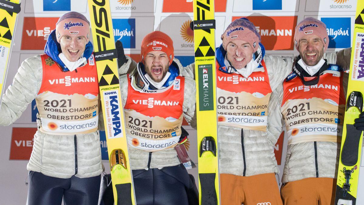 WM-Gold für Karl Geiger, Markus Eisenbichler, Severin Freund und Pius Paschke (von links)